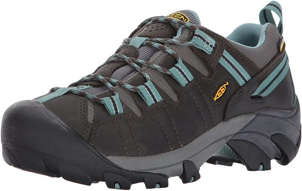women's lightweight waterproof hiking boots